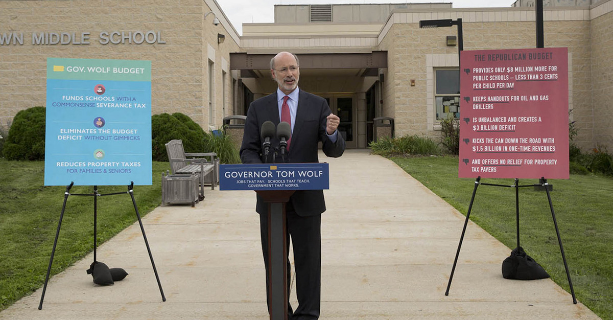 Photo of Governor Wolf on a Schools That Teach visit in Downingtown