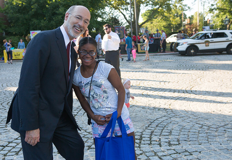 governor-wolf-national-night-out-2016