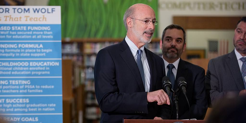 Image of Governor Tom Wolf speaking