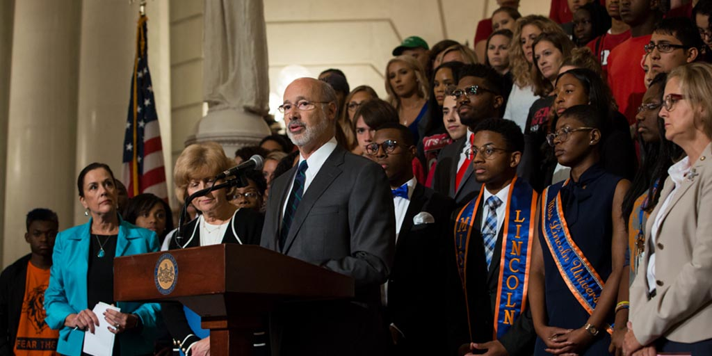 Image of Governor Tom Wolf speaking at an It's On Us event