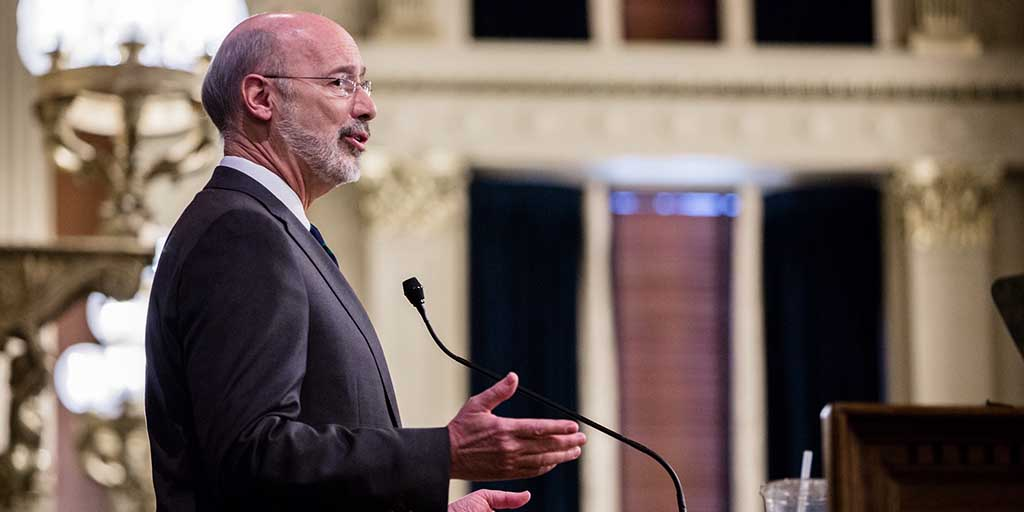 Image of Governor Tom Wolf speaking to the PA General Assembly