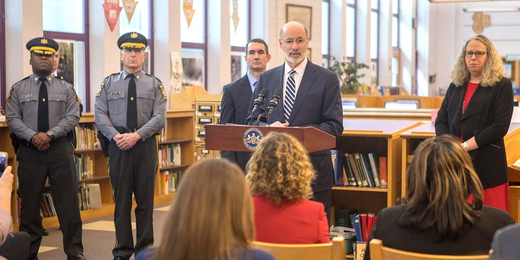 Image of Governor Tom Wolf and Auditor General Depasquale in a school library