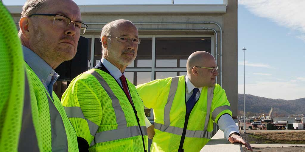 Image of Governor Tom Wolf wearing a safety vest.