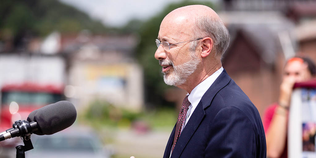 Image of Governor Tom Wolf speaking outdoors.