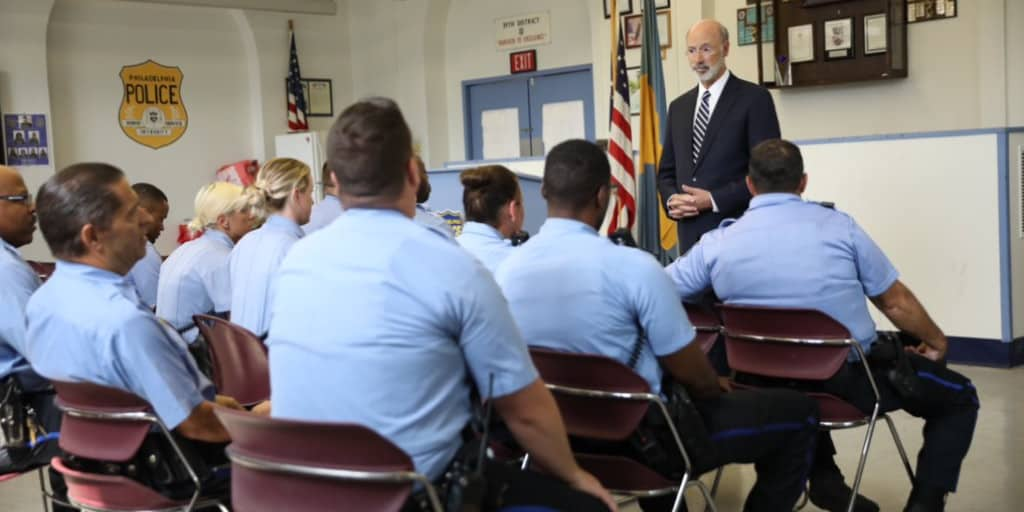 Governor Wolf speaking to Philadelphia Police officers.