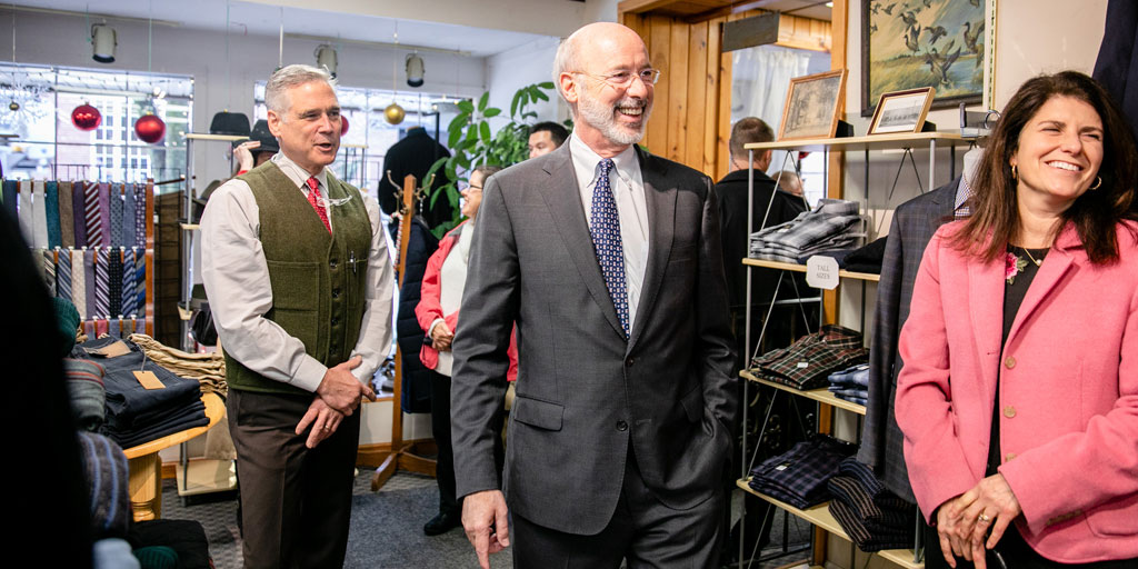 Governor Wolf tours a small business in Honesdale.