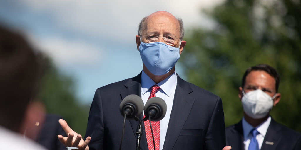 Gov wolf and AG Shapiro with masks